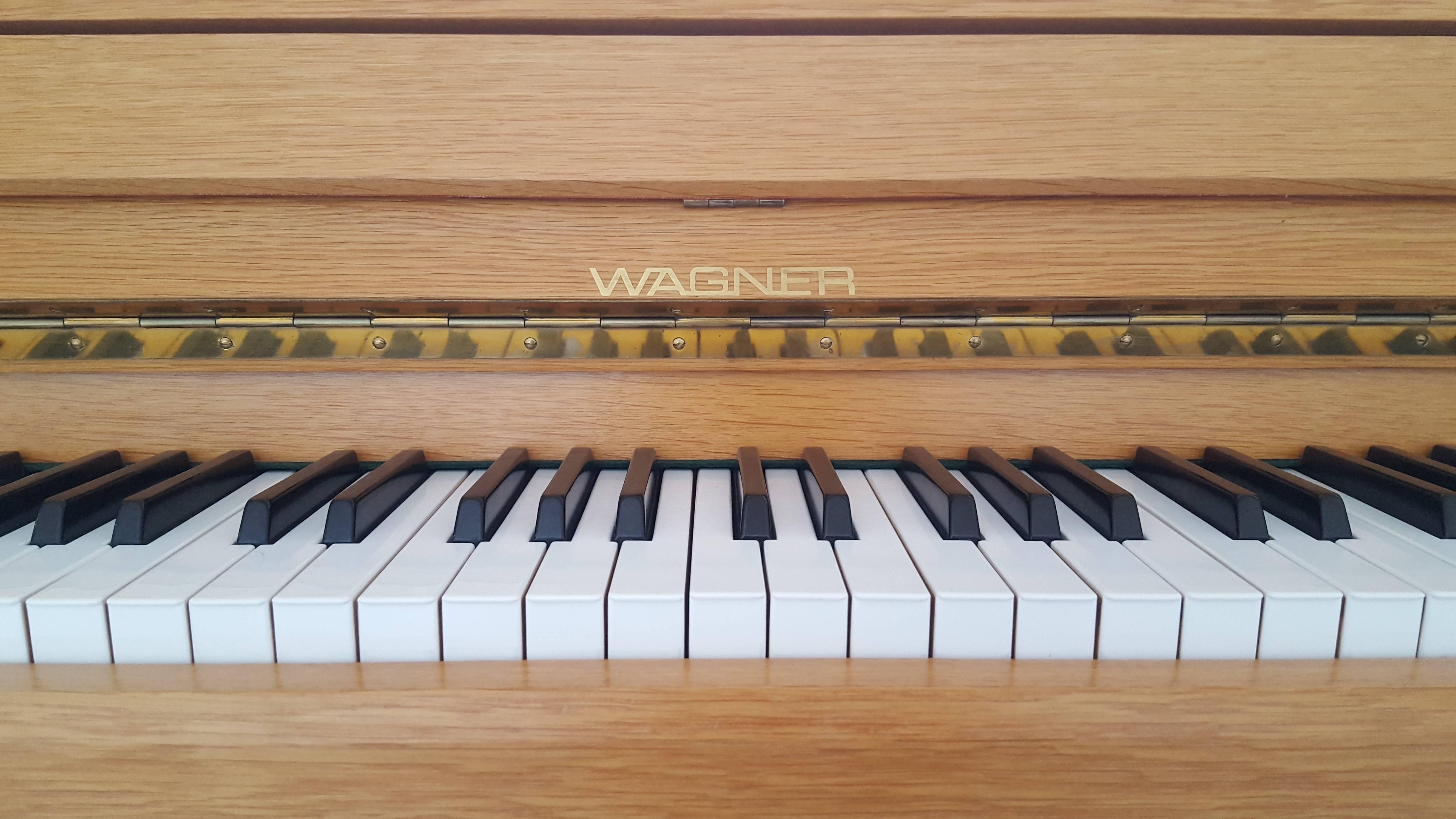Wagner Klavier 114