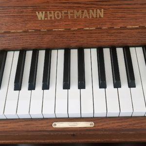 Hoffmann Klavier 110